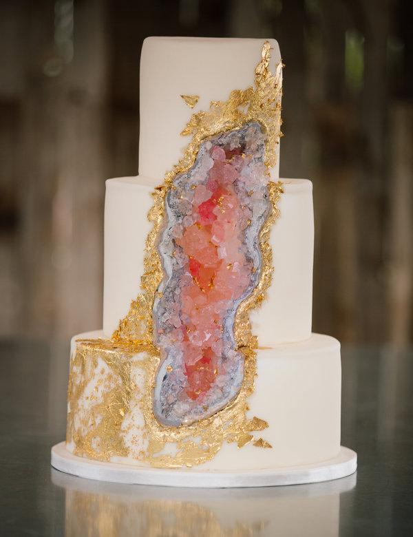 The Geode Wedding Cake Trend Yolli News