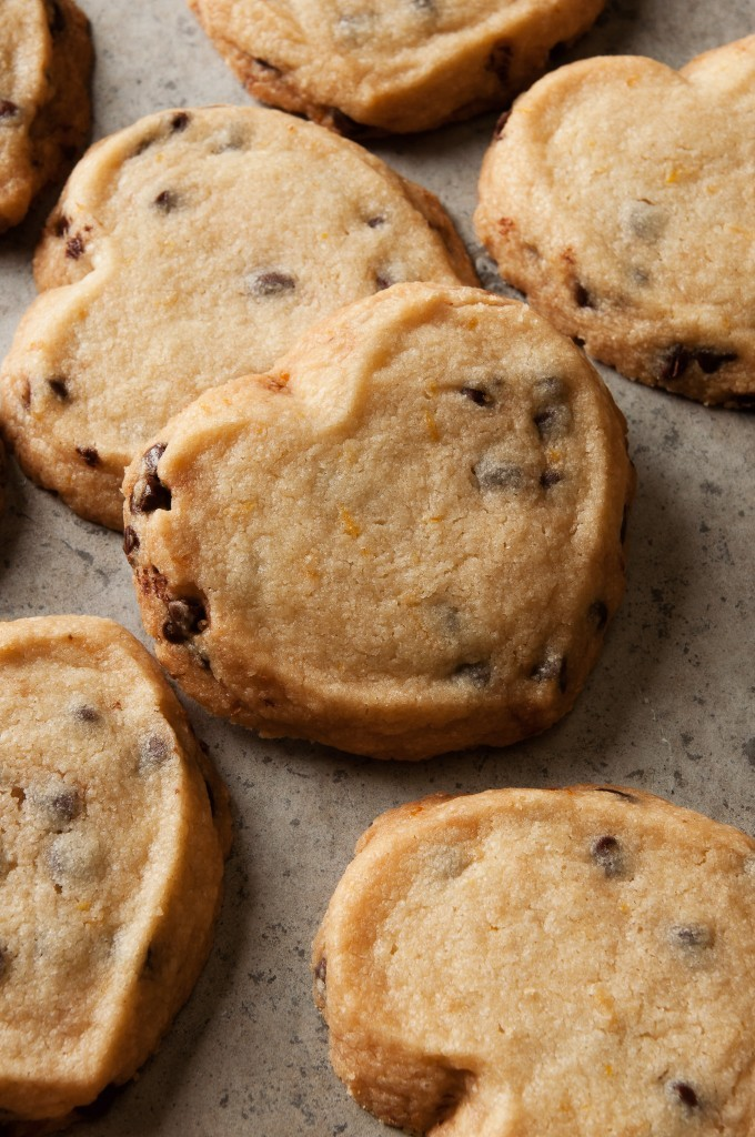 chocolate_chip_shortbread-1-680x1024