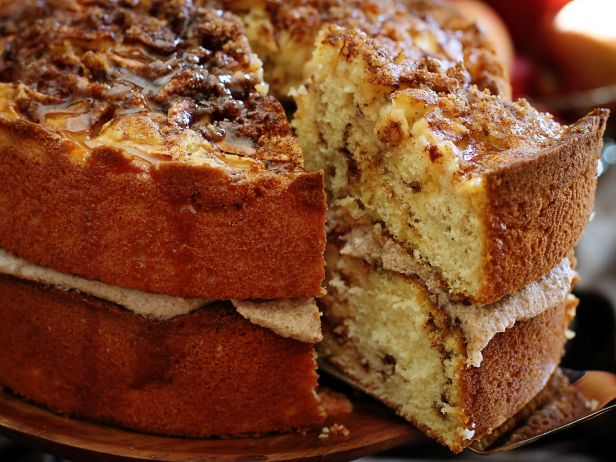 fnd_apple-cinnamon-layer-cake-with-gooey-caramel-drizzle-05-jpg-rend-snigalleryslide