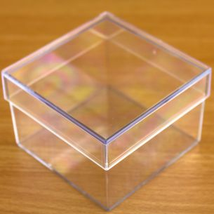 Square Shaped  Fillable Transparent Plastic Container x 1